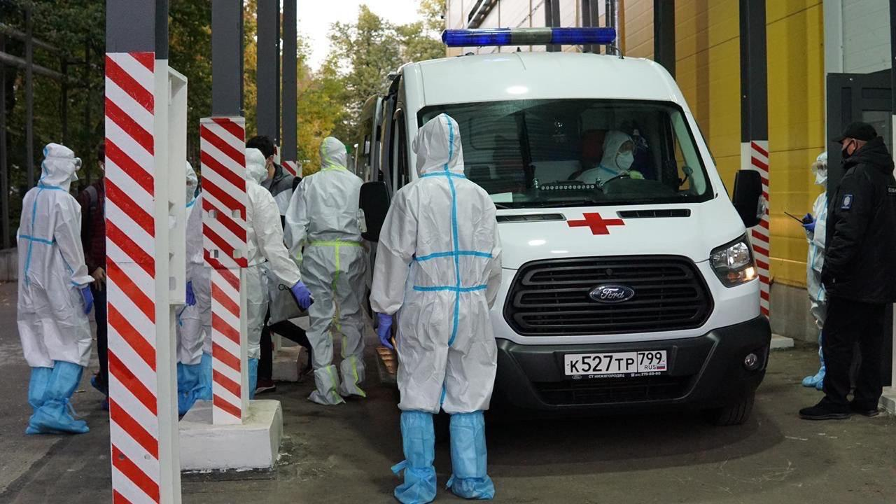 Moscow Authorities Push Further COVID-19 Hysteria