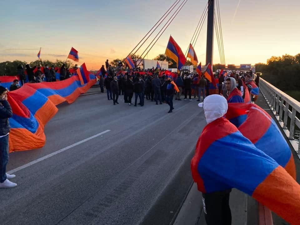 Armenian PM Calls On Europe To Recognize Artsakh While Refusing To Do So!