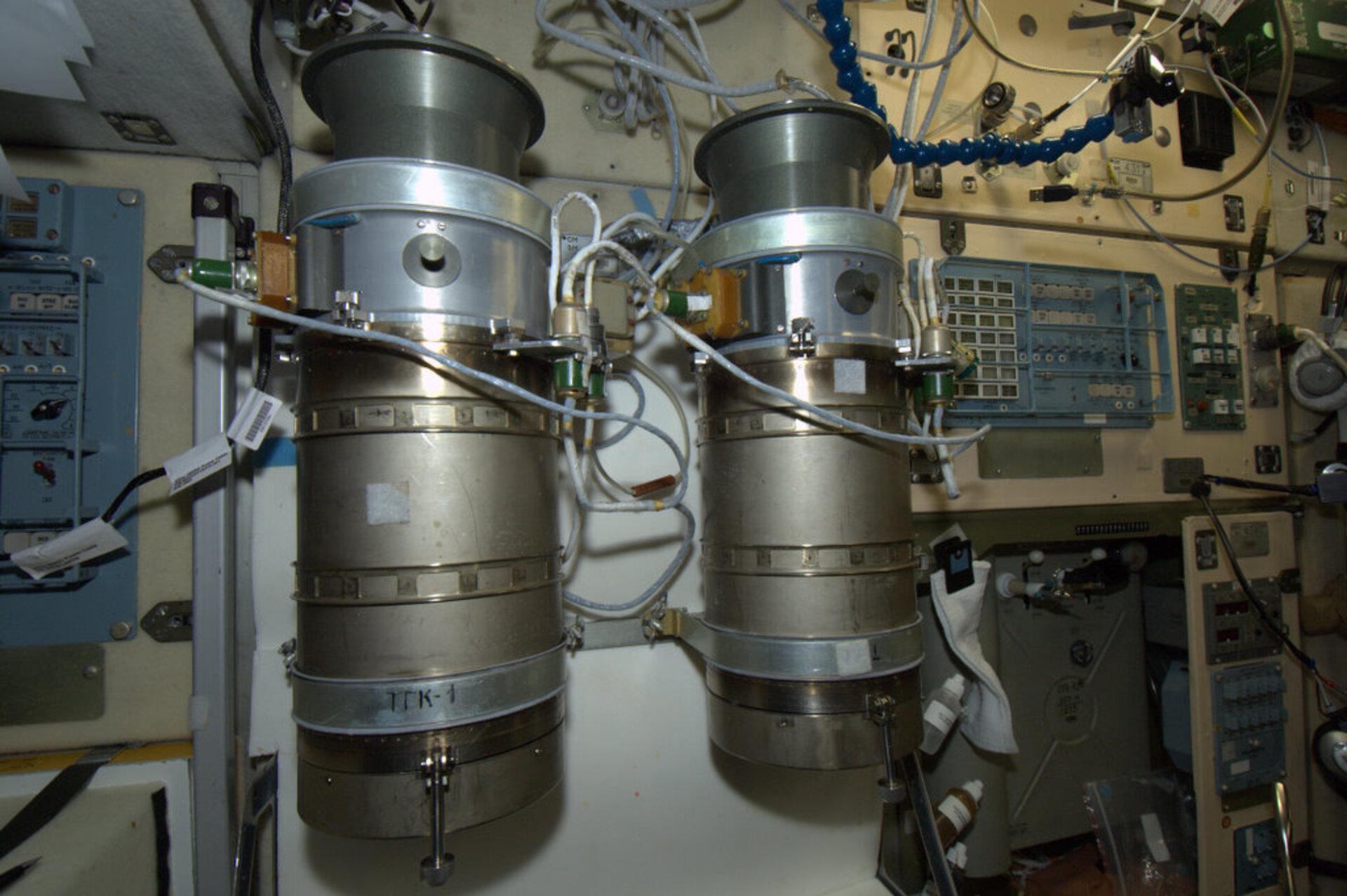 Soviet-Era Oxygen Production System On ISS Fails Again