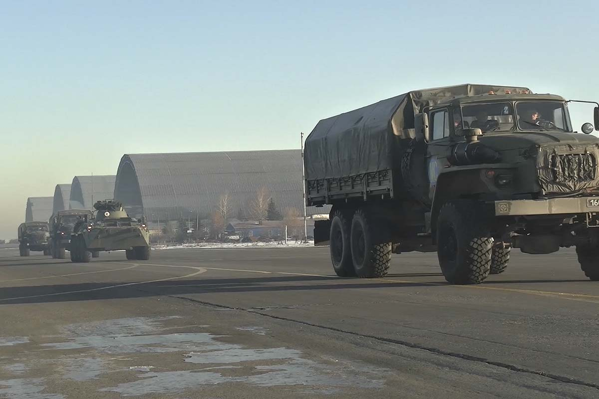 Russian Peacekeepers Receive More Equipment, As Traffic Through Lachin Corridor Runs Without Issue (Map)