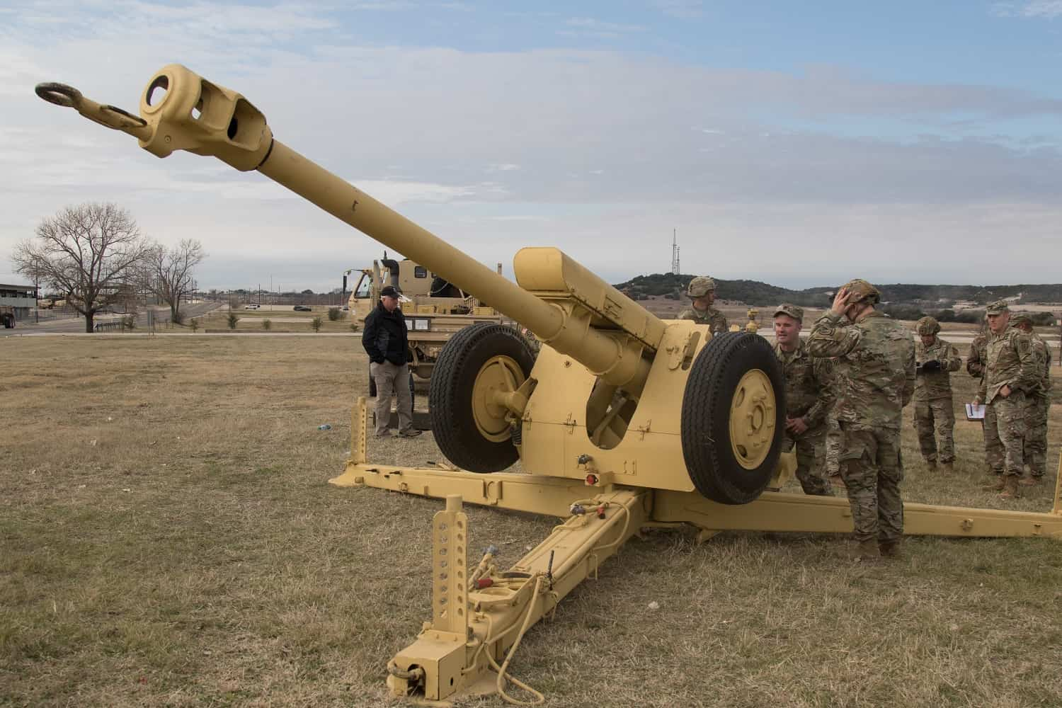Weapons Of Karabakh War: The Soviet D-30 122mm Howitzer