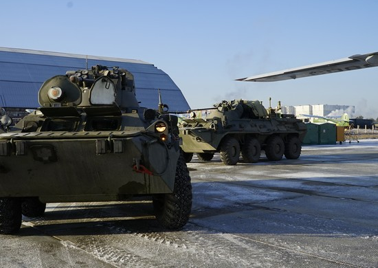 Russian Peacekeepers Open Lachin Corridor Post, Equipment Deliveries Continue