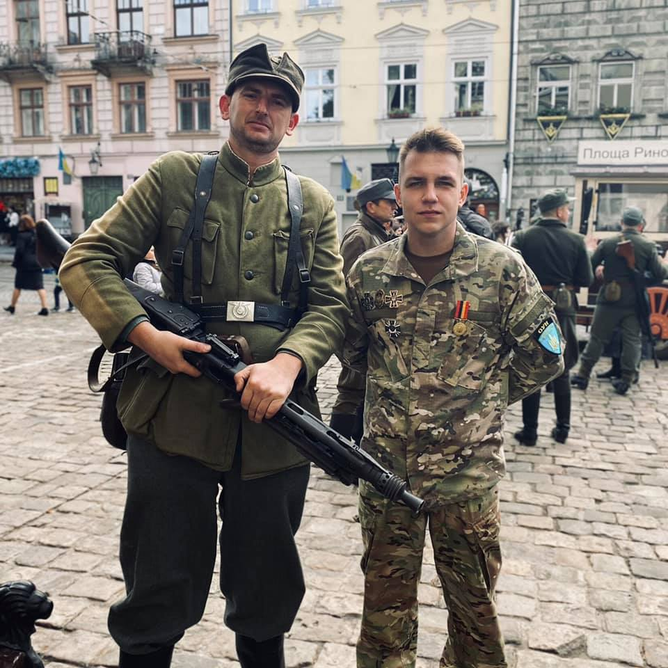 """Protecting Naz....Democracy: Young Man In Ukraine Arrested For Wearing """"Ushanka"""" With Soviet Star"""