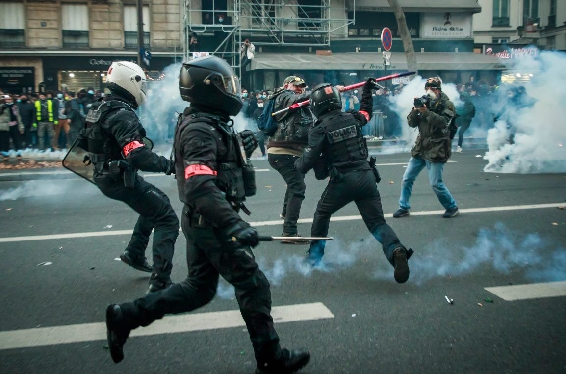 US-styled Chaos In France: Protests Against Security Law And Police Brutality Turn Paris Into Battle Zone