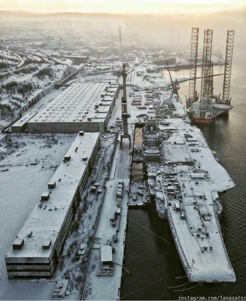 In Photos: Admiral Kuznetsov Heavy Aircraft-Carrying Missile Cruiser Under Repair