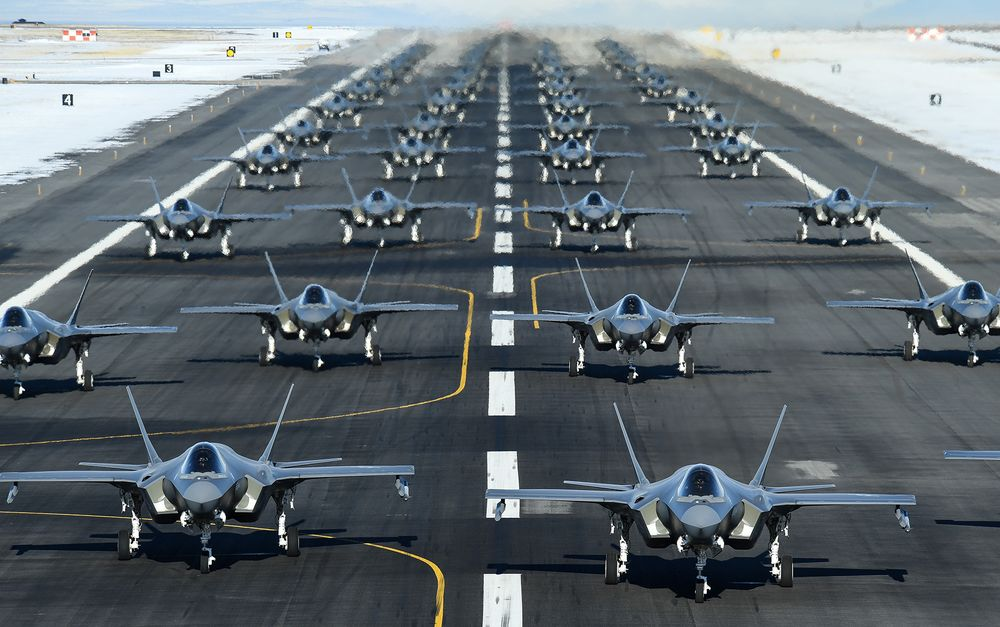 The F-35 Works Perfectly Fine, Apart From Its Nearly 900 Deficiencies