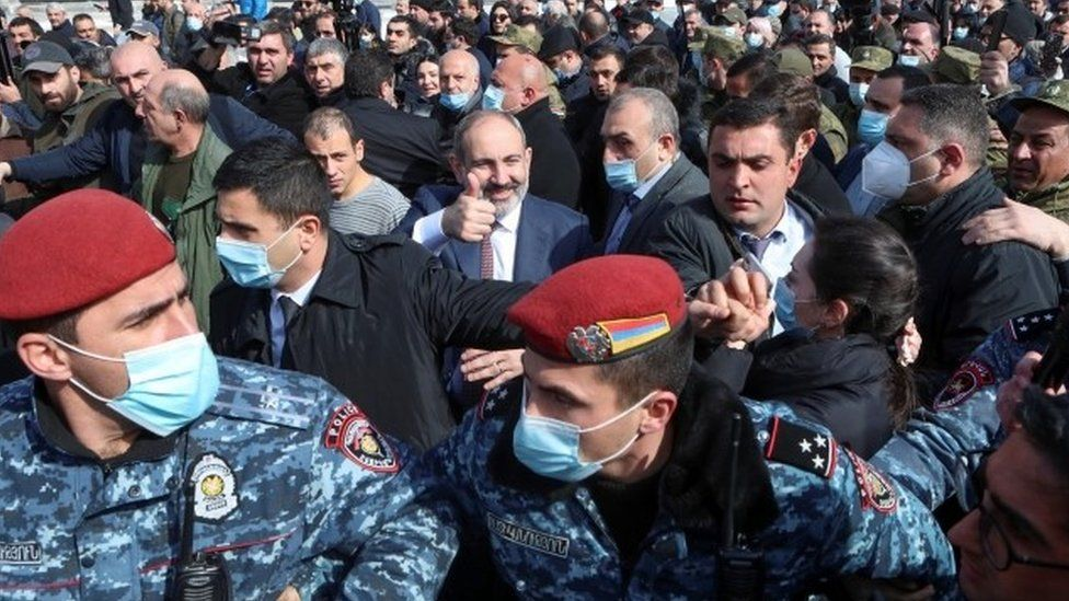 "Pashinyan Clings To Power And Claims ""Military Coup"" As Army Demands His Resignation"