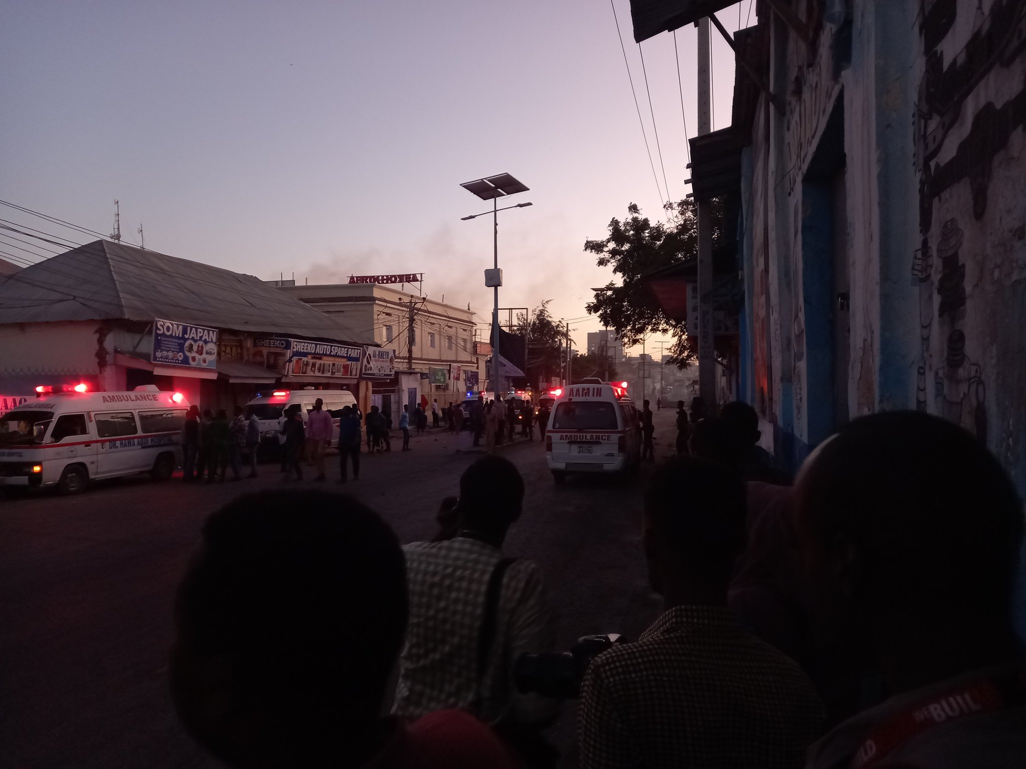 Seven Hour Siege In Mogadishu Hotel Ends: At Least 10 Dead, 30 Injured (Videos)