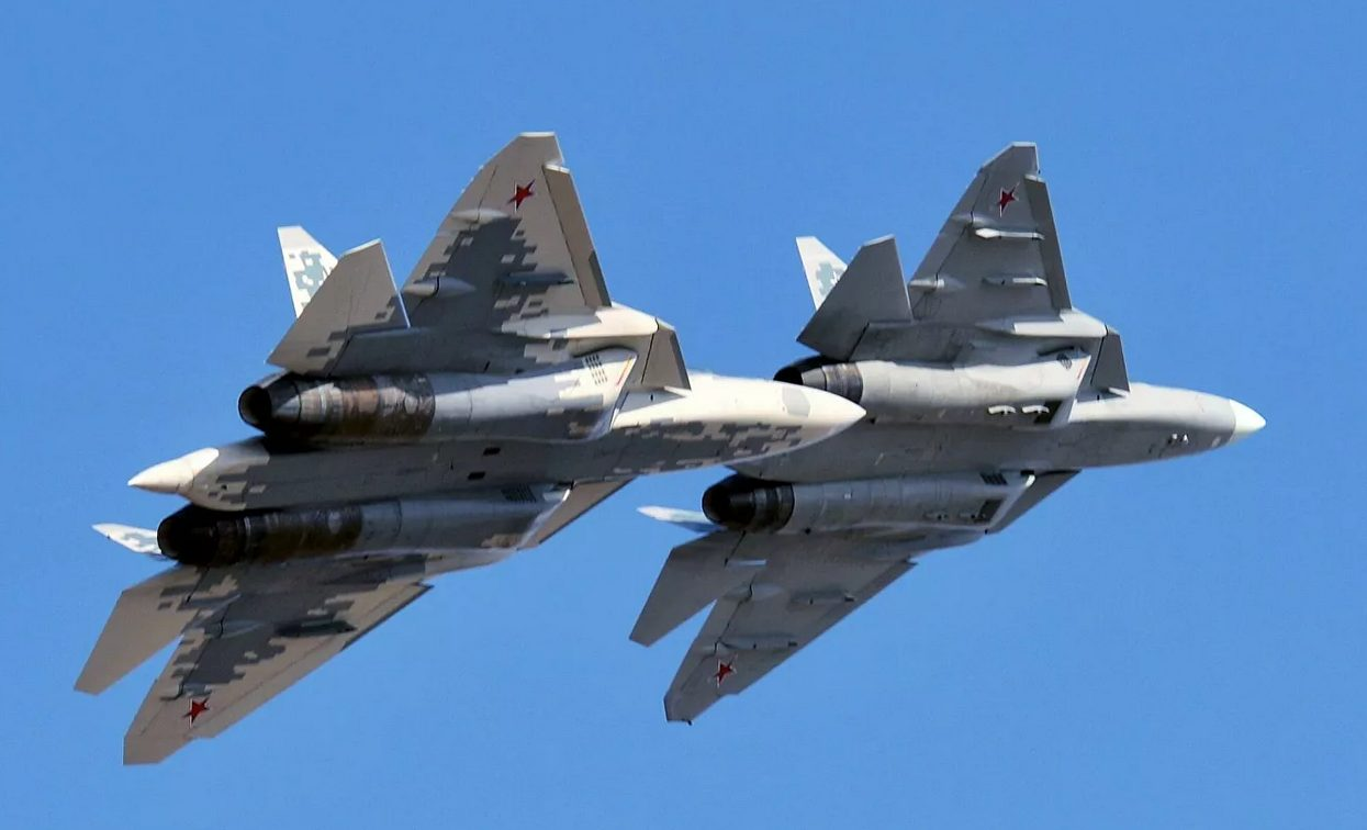 Russia's Su-57 5th-Gen Fighter Jet Performed Tests With Mock-Up Of New Hypersonic Missile
