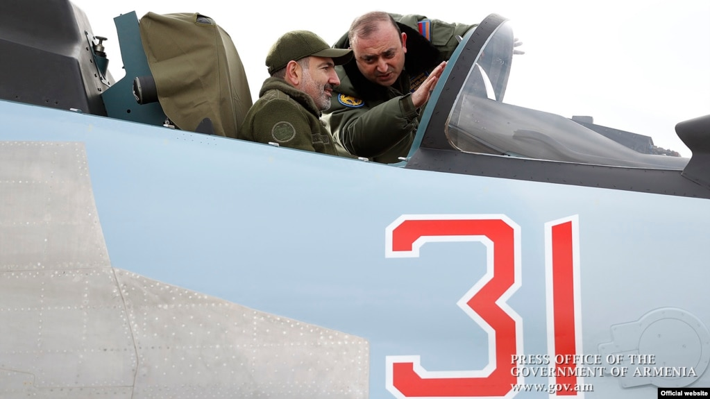 """Su-30SM's Absent Missiles And Armenia's """"Forever Prime Minister"""""""