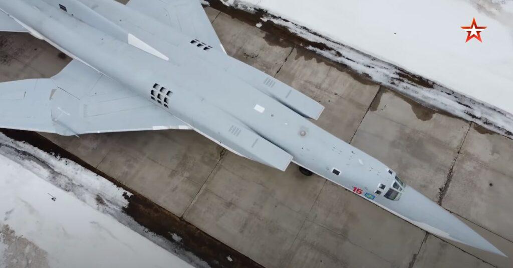 In Video: Russian Tu-22M3 Strategic Bombers Simulate Penetration Of Enemy Air Defense