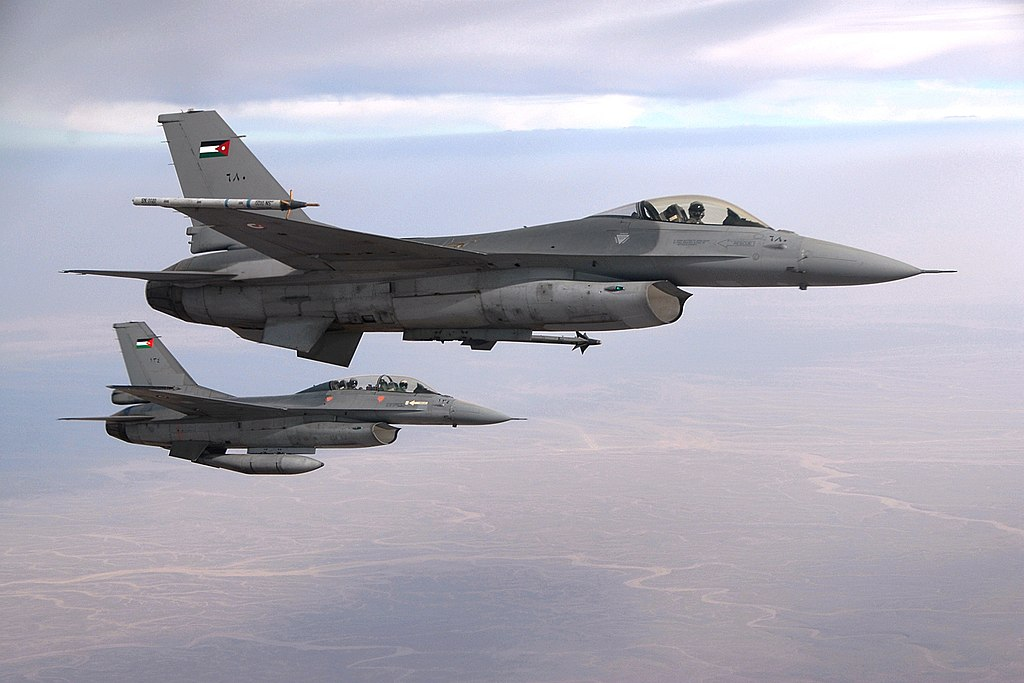 On High Alert: Jordanian Warplanes Spotted Along Syrian Border (Video)