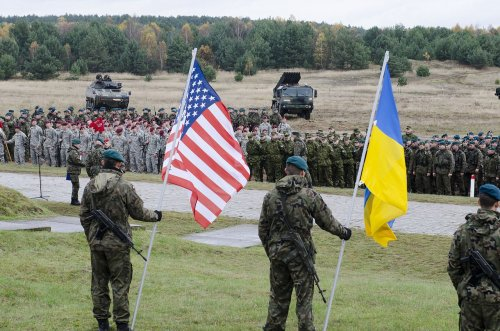U.S. Instructors Spotted On Donbass Frontlines: Report