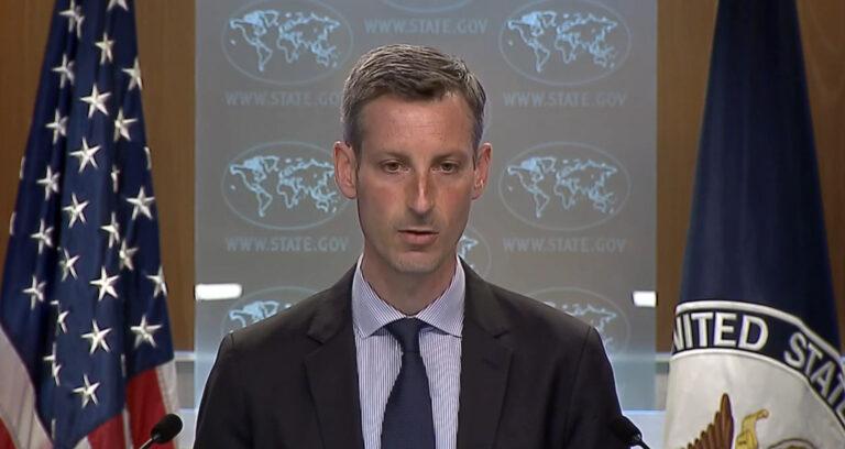 Washington schickt militärische Transportflugzeuge in die Ukraine, kann aber nicht erklären, warum