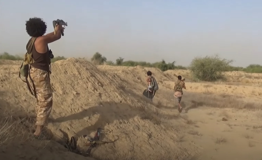 Combat Footage: Houthis Raid Positions Of Sudanese Forces In Yemen's Hajjah