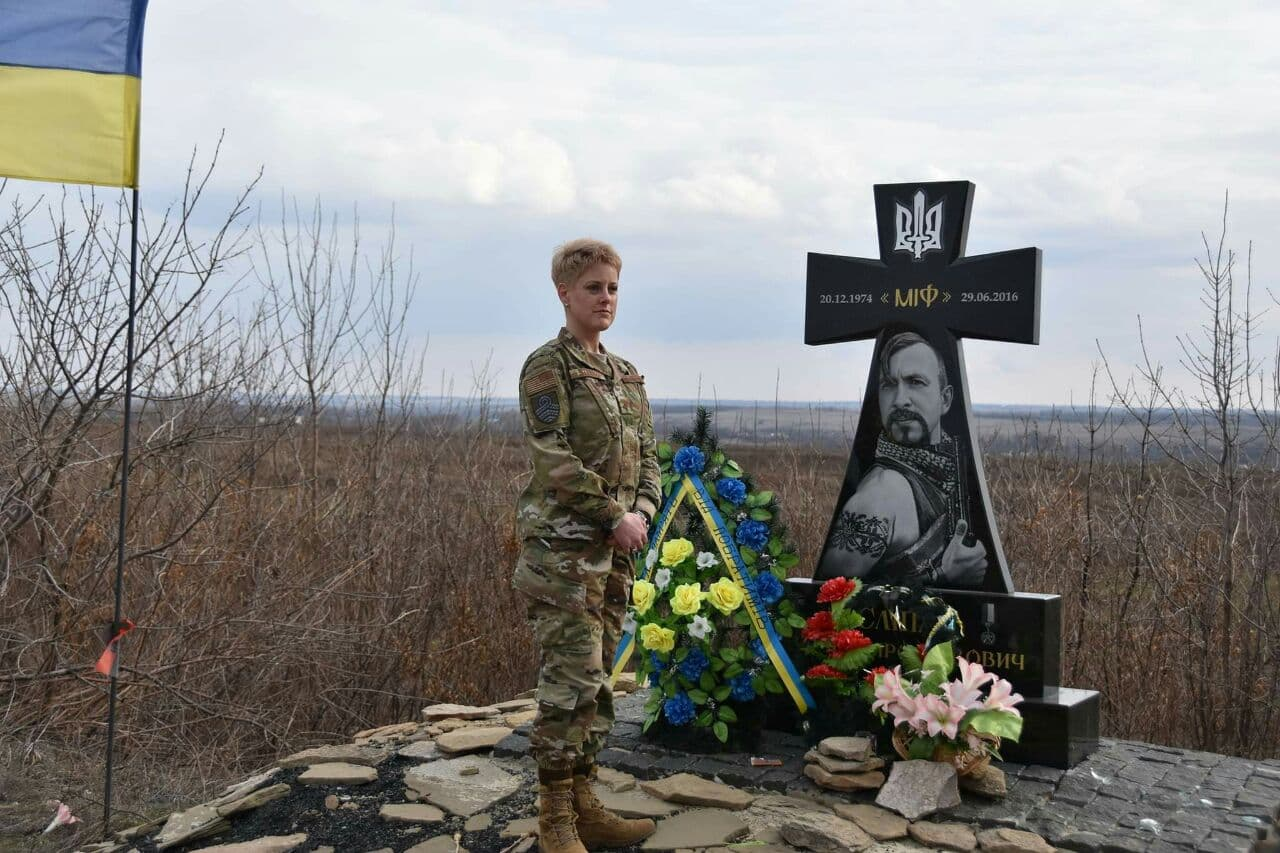 Ukraine Or Death: US Delegation Came On Donbass Frontlines Under Nazi Flags