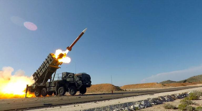 Sanktionen, Kriegsvorbereitungen und endlose Waffenlieferungen an Kiew