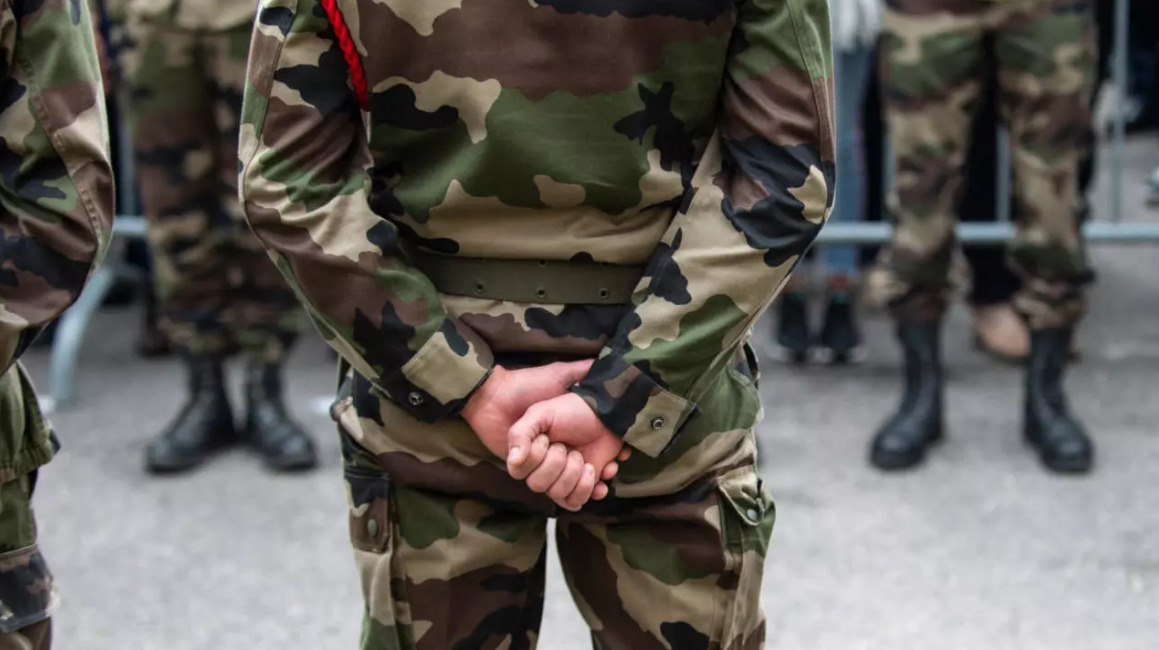 New Military Letter Warning Of Civil War In France Gains 160,000+ Signatures