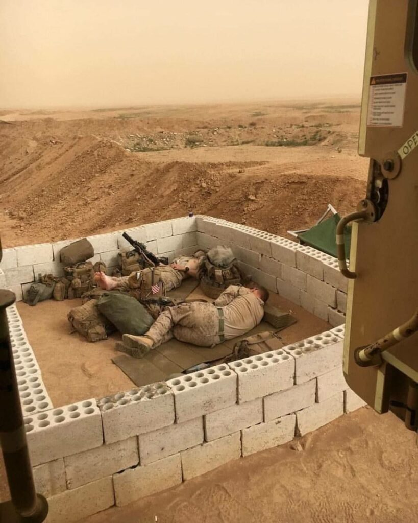 US Soldiers On Guard For 'Democracy' In Syria (Photos)