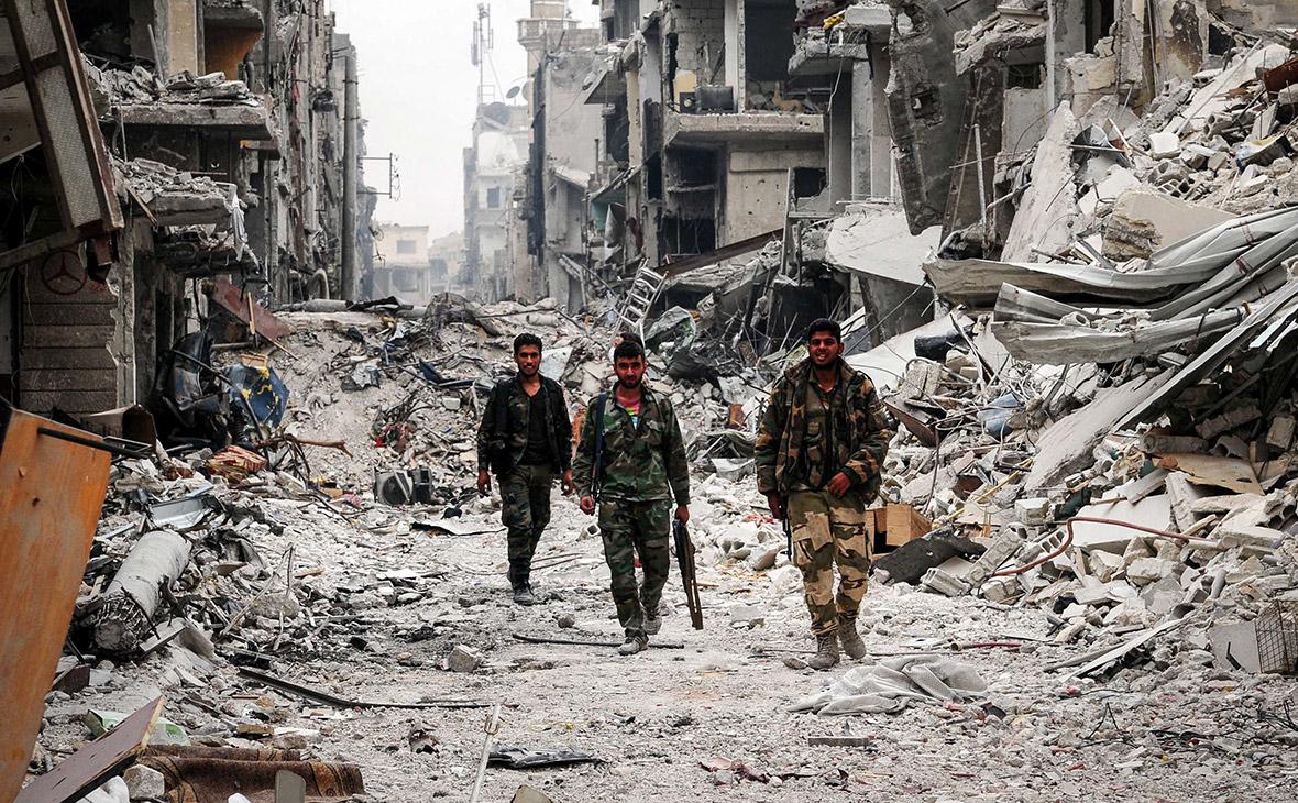 Al-Nusra Militants Storm Idlib Museum, Smash Ancient Statues