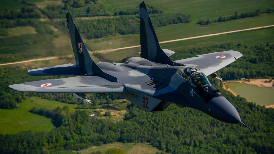 Polish Air Force MiG-29 Accidentally Opens Fire On Another Fighter Jet During Training