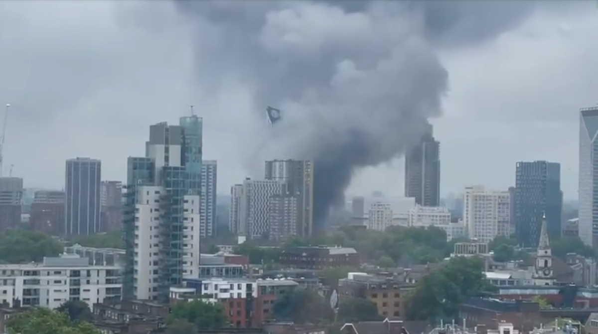 In Videos: Huge Fire Broke Out In London