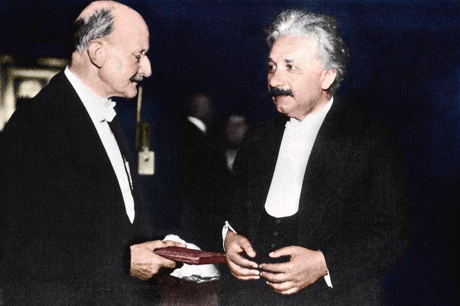 De Russell y Hilbert a Wiener y Harari: los inquietantes orígenes de la cibernética y el transhumanismo