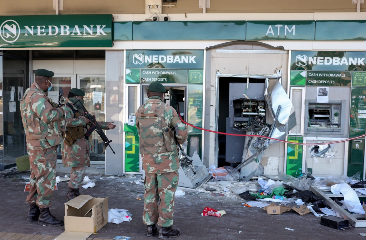 BLM (Burn-Loot-Murder) Riots In South Africa Continue Despite Army Being Sent In