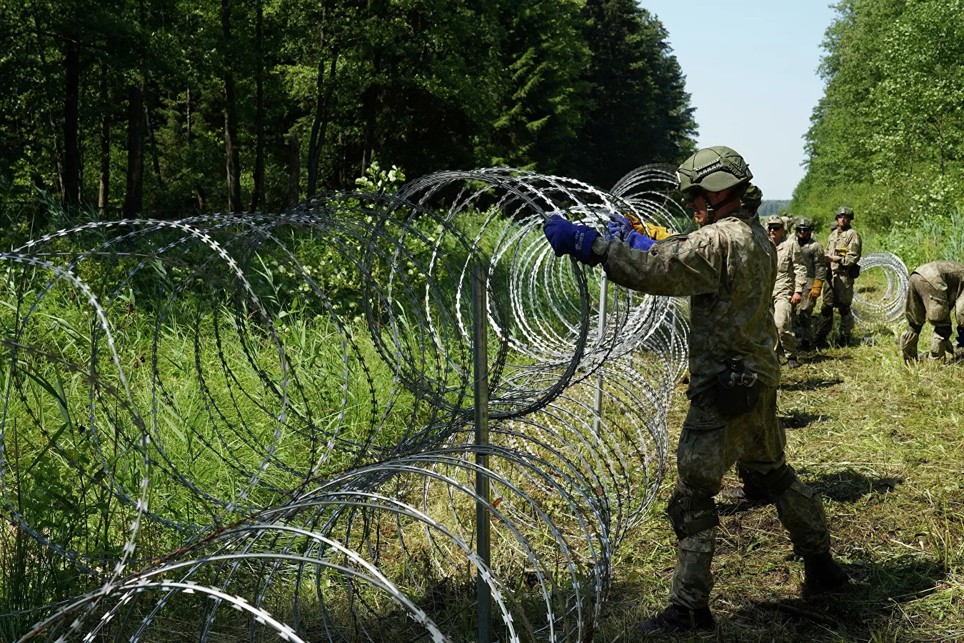 """Lithuania Concludes Its Subject To """"Hybrid Aggression"""" Deploys Military To Protect Its Border"""