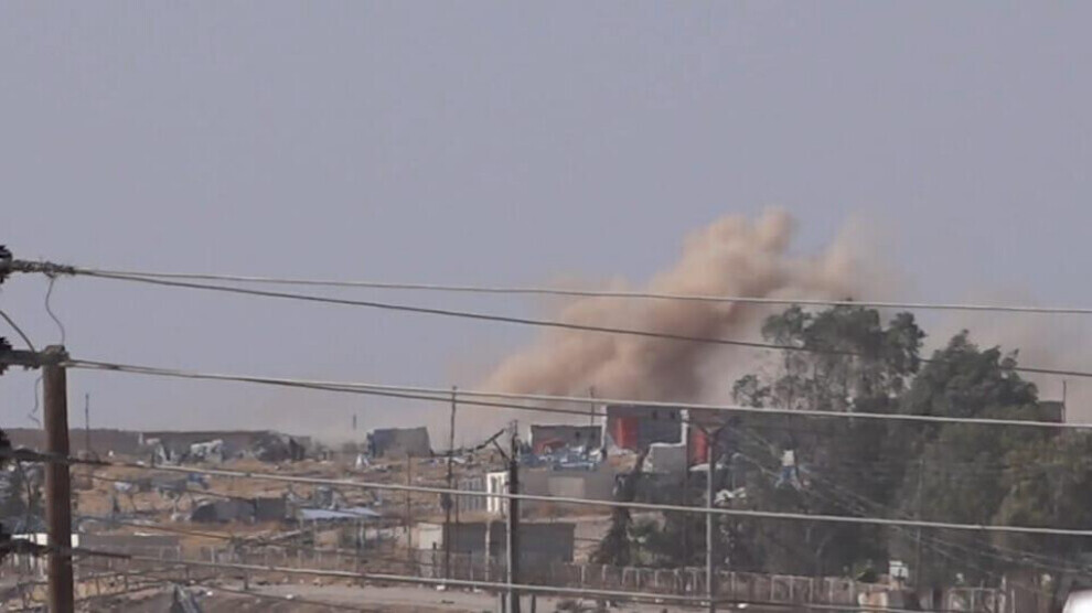 Turkish Artillery Pounded Ain Issa In Syria's Northern Raqqah (Video)