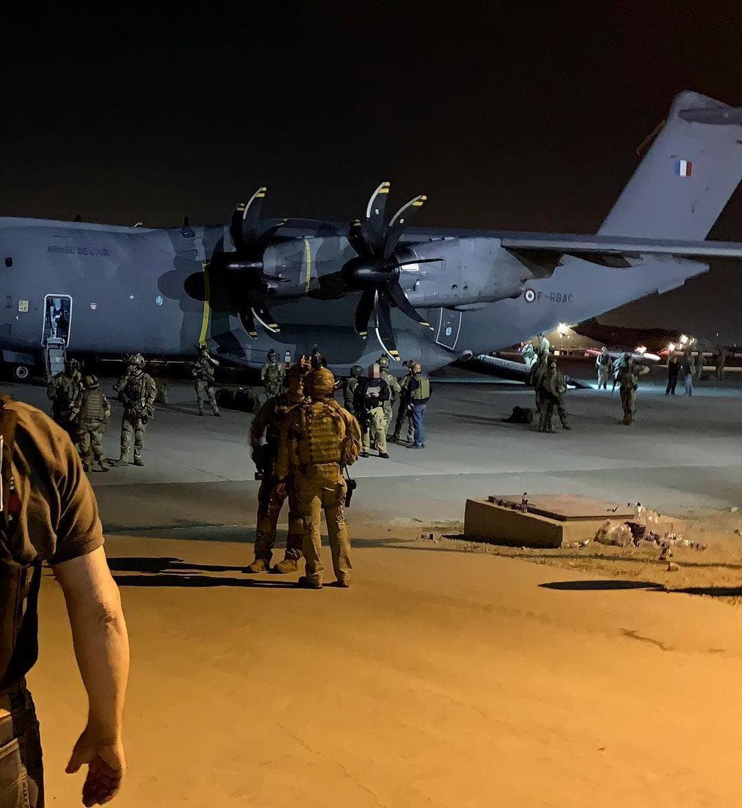New Horrifying Footage Emerges As Evacuation From Kabul Resumes (Videos, 18+)