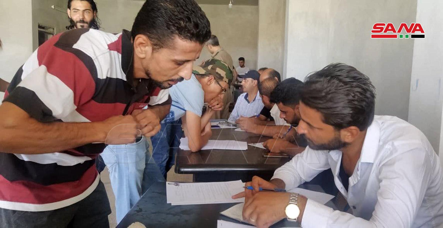 Senior Syrian Officers Visit Daraa Al-Bald As More Gunmen Join Reconciliation Process (Video, Photos)