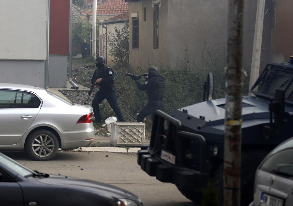 Kosovo Police Clash With Serbian Minority In Alleged Anti-Smuggling Operation