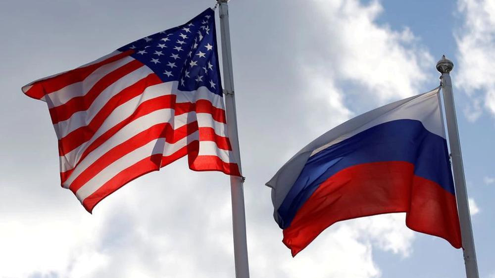 U.S. Senators Demand Biden Expels 300 Russian Diplomats
