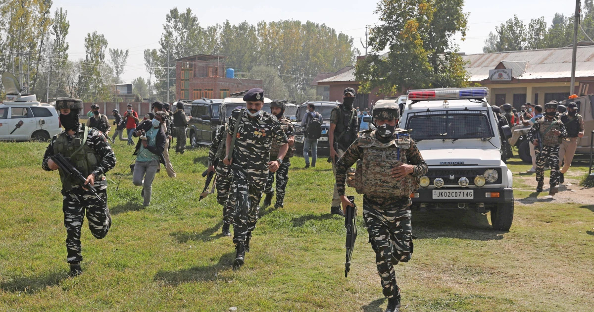 Indian Soldiers Kill 5 Suspected Rebels In Kashmir, A Day After 5 Indian Soldiers Were Slain In Clashes